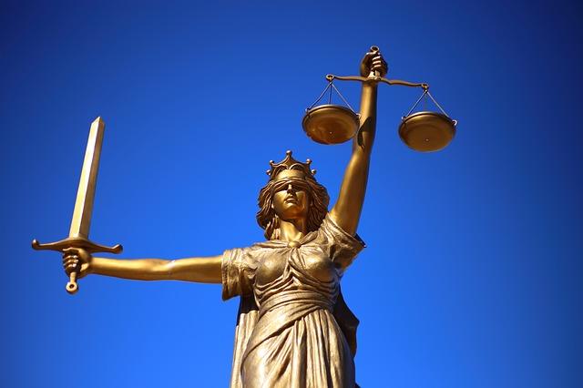 Rozwody, alimenty, ustalenie kontaktów z dzieckiem – w czym jeszcze pomaga adwokat rodzinny?